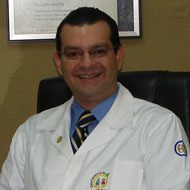 Dr. Juan E. Guill�n Escal�n